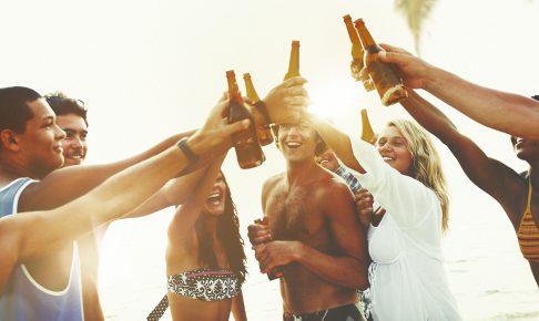 留学やワーホリで海外生活を楽しむ人たち